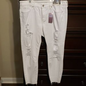 A.n.a. brand white distressed crops, size 14
